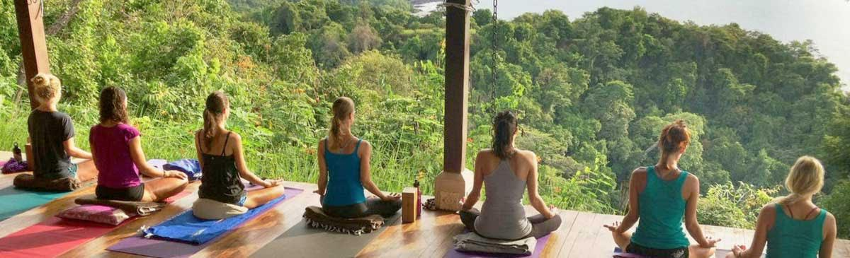 Why You Should Consider Becoming a Yoga Costa Rica Volunteer