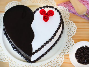 Heart Shape Chocolate Cake