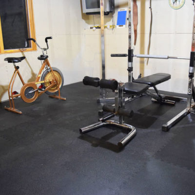 Home gym with rubber tiles on a budget
