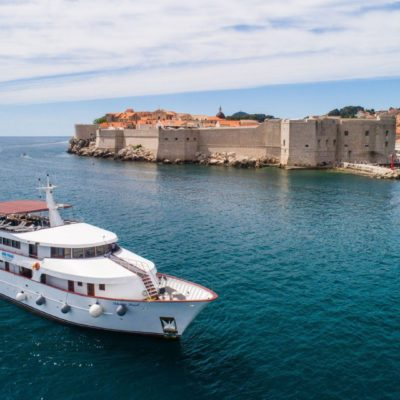 Reasons to choose a Croatian cruise holiday with friends