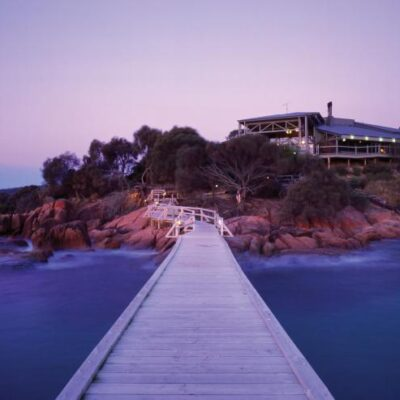 Which Accommodation in Freycinet Should You Choose For Business Travel?