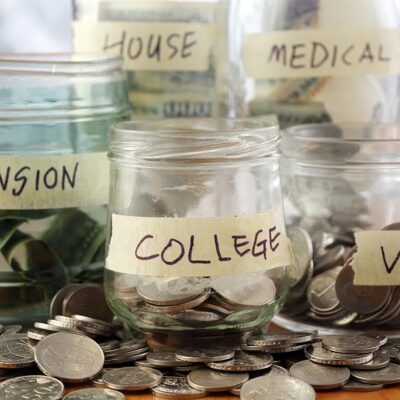 4 Tips to Save Money Each Month