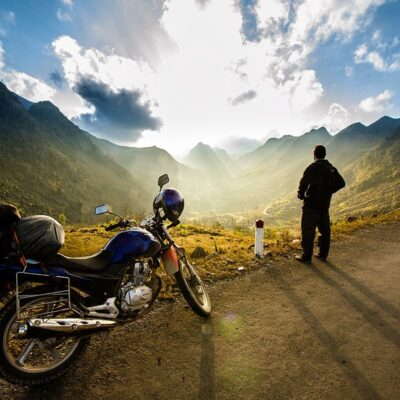 TIPS FOR MOTORBIKE ROAD TRIPPING