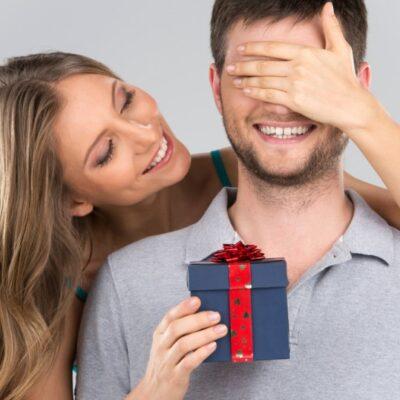 7 Best Birthday Gift Ideas for Your Boyfriend